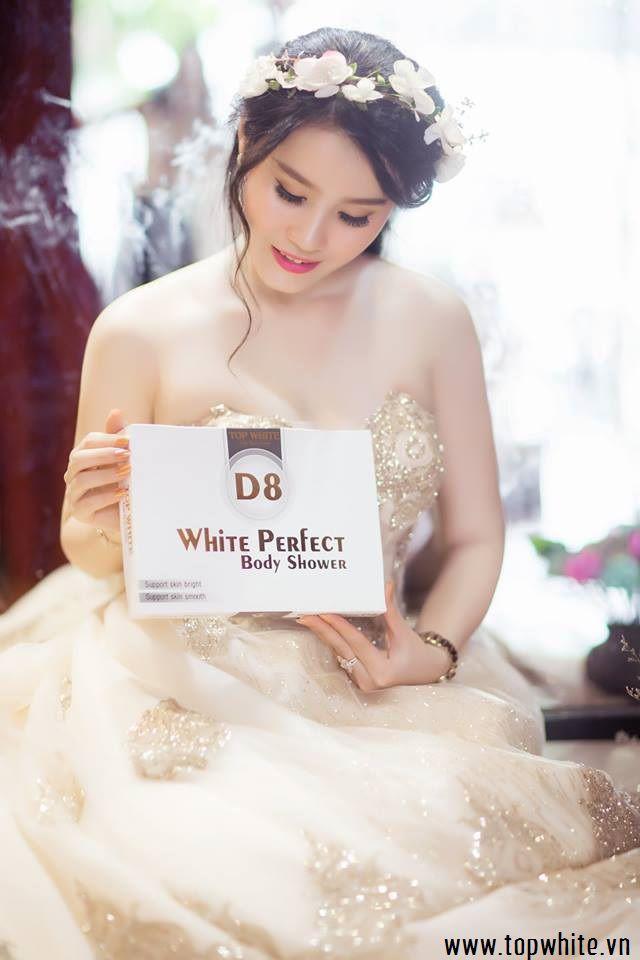 top white d8
